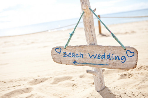 beach wedding cartello